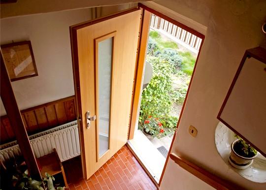 prosklene vchodove dvere