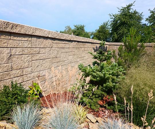 plot z betonovych tvarovek Stavoblock