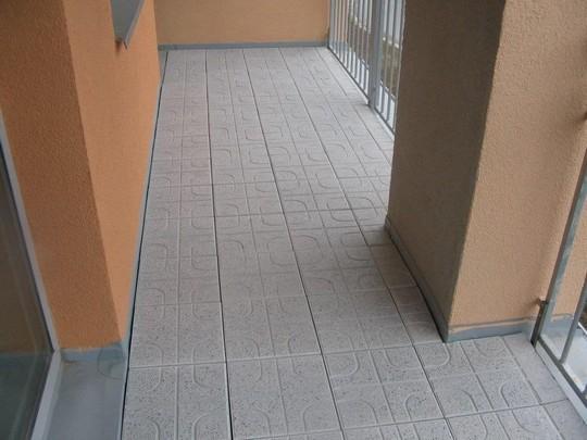 teracová dlazba na terase