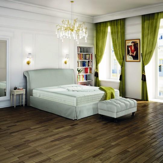 bila luxusni postel